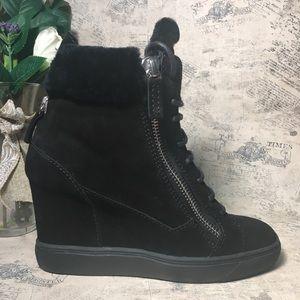 Giuseppe Zanotti Lorenz shearling sneakers NWOT